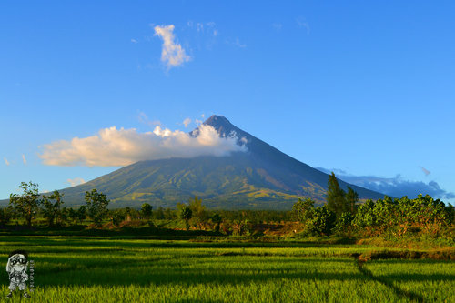 Different Angles of Mayon Volcano - iWander. iExperience