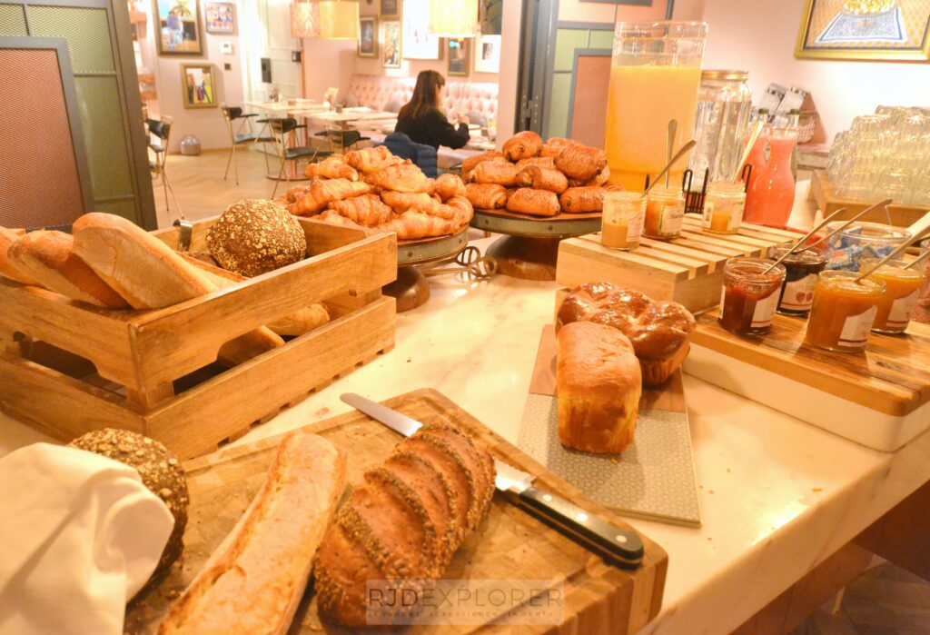25hours hotel terminus nord breads and spreads buffet breakfast