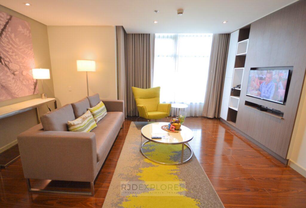 citadines millennium ortigas living room